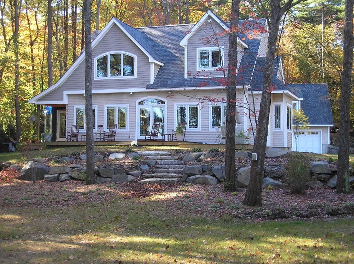 Beautiful cape cod modular home in a wooded area